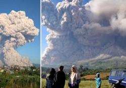 Una colonna di fumo di 5 km: la spettacolare eruzione del vulcano Sinabung Il vulcano di 2.460 metri è rimasto inattivo per secoli prima di tornare in attività nel 2010 - CorriereTV