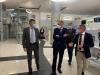Il sottosegretario alla Salute Andrea Costa in visita in una Asl