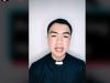 Prete filippino spopola su TikTok con omelie e preghiere: così mi avvicino ai fedeli più giovani