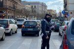 Tante auto in centro e controlli nel primo giorno di zona rossa a Palermo