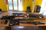 Sant'Agata Militello, tiene un arsenale di armi incustodite in casa: denunciato un sessantenne