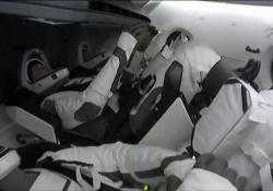 SpaceX, la Crew Dragon 2 attracca alla Stazione Spaziale Internazionale A bordo il primo europeo - Ansa