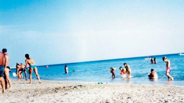 ambiente, turismo, Ragusa, Trapani, Economia