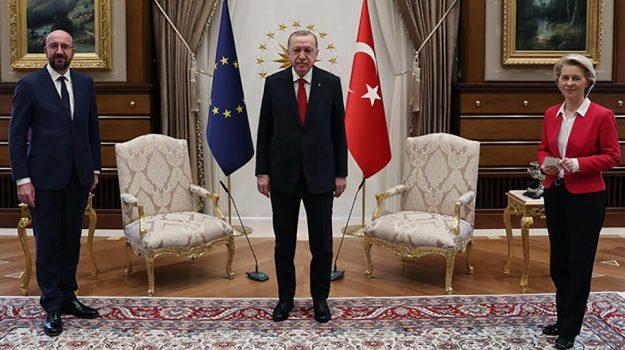"""Erdogan lascia Ursula Von der Leyen senza sedia: il video del """"sofagate"""" -  Giornale di Sicilia"""