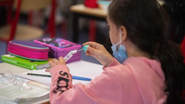 coronavirus, scuola, Tampone, vaccino, Sicilia, Cronaca