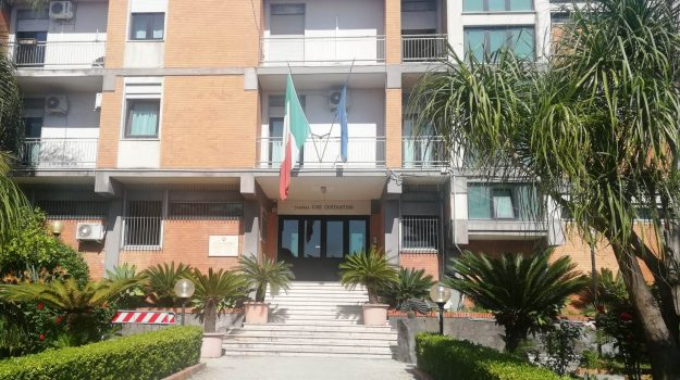 Giarre, violenza sessuale, Catania, Cronaca