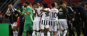 Super Milan e suicidio Napoli, in Champions va la Juve. Il Sassuolo batte la Lazio ma è fuori dall'Europa