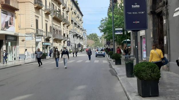 La svolta per la Sicilia da lunedì: zona gialla, più vaccini e via alla stagione balneare