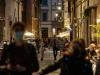 Persone a passeggio a Roma