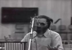Morto Franco Battiato, il video di «Povera patria» Il cantautore siciliano è . Era malato da tempo. Si è spento nella sua residenza di Milo, Catania - Corriere Tv