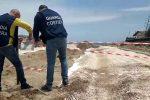 Due campi da padel abusivi sul lungomare di Catania, scatta il sequestro