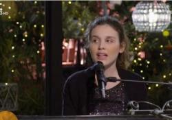 Via dei Matti numero zero: chi è Frida, la talentuosa figlia di Stefano Bollani La ragazza, di 16 anni, dopo l'esibizione su Rai3 è diventata la star dei social - Ansa