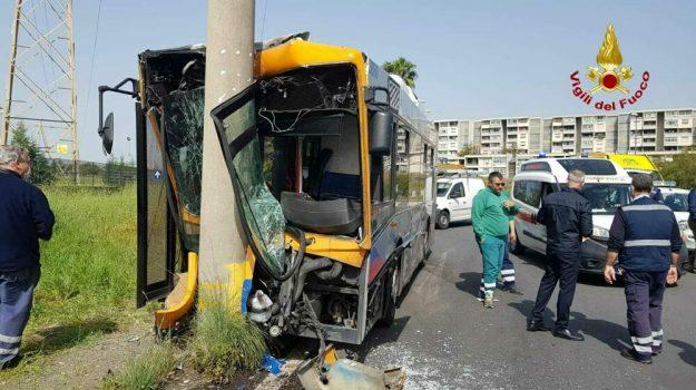 incidenti stradali, Catania, Cronaca