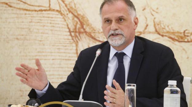 reddito di cittadinanza, Massimo Garavaglia, Sicilia, Politica