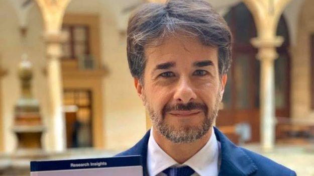 m5s, Giampiero Trizzino, Sicilia, Politica
