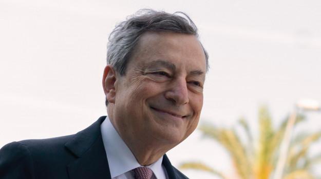 astrazeneca, coronavirus, vaccino, Mario Draghi, Sicilia, Politica