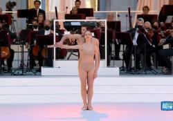 Festa della Repubblica, l'esibizione di Bolle e Toppi sulle note di Vivaldi L'étoile della Scala e la prima ballerina nel cortile del Quirinale accompagnati dall'Orchestra di Santa Cecilia - Corriere Tv