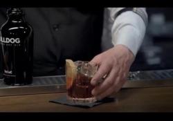 Il Conte Negroni e quel cocktail diventato un mito: ecco come nacque oltre 100 anni fa I segreti e le storie dell'aristocratico fiorentino diventano un film «Looking for Negroni: alla ricerca del Conte e del suo favoloso cocktail» . Le immagini in anteprima - Corriere Tv