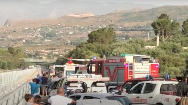 altavilla milicia, autostrada, incidente stradale, Trabia, Palermo, Cronaca