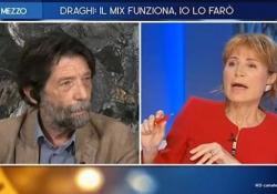 Lilli Gruber chiede a Cacciari se è vaccinato, lui risponde piccato: «Questi sono fatti miei» L'episodio a Otto e Mezzo, dove il professore ha risposto in malo modo alla giornalista - Ansa