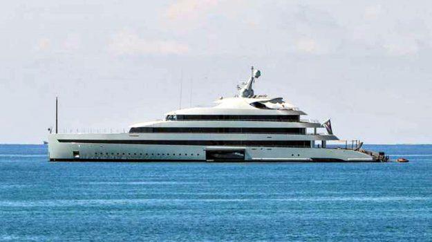 yacht, Lukas Lundin, Messina, Società