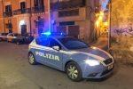 Minacce di morte alla moglie, aveva tre spade e una katana: denunciato a Caltanissetta