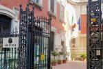 Maltratta la moglie e fugge all'estero con due dei tre figli, arrestato a Messina