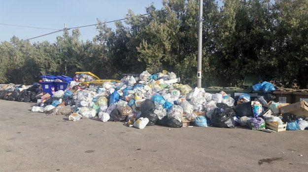 rifiuti, Ragusa, Politica