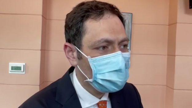 vaccini, Ruggero Razza, Caltanissetta, Cronaca