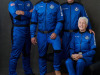 Lequipaggio della navetta New Shepard della Blue Origin: da sinistra Mark Bezos, Jeff Bezos, Oliver Daemen e Wally Funk (fonte: Blue Origin)