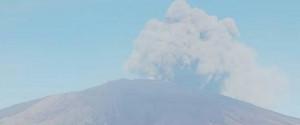 """Eruzioni dell'Etna, l'esperto: """"Il cratere Sud-est diventerà la nuova vetta del vulcano"""""""