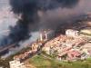 Incendi da Palermo a Catania, disagi a Fontanarossa e un lido distrutto. Musumeci: ci vuole il carcere a vita