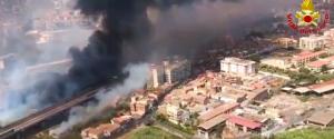 Incendi da Palermo a Catania, si contano i danni. Musumeci: carcere a vita