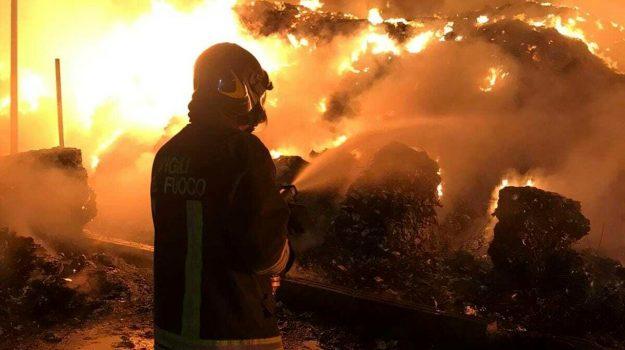 incendio, Catania, Cronaca