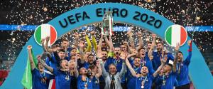 Italia campione d'Europa, Inghilterra battuta ai rigori: Donnarumma decisivo