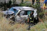 Incidente sulla Messina-Palermo, Suv finisce fuori strada: intervengono i vigili del fuoco