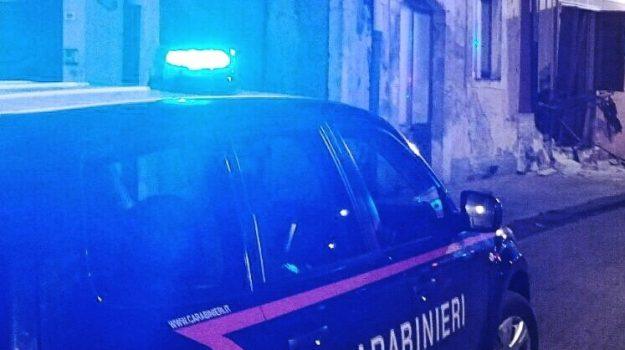 augusta, Avola, evasione arresti domiciliari, Catania, Cronaca