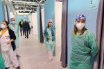Messina, negli hub corsie di preferenza per vaccinare i commercianti