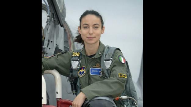 Spari contro un aereo italiano a Kabul, pilota palermitana porta in salvo i passeggeri