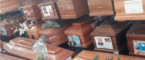 Cimitero dei Rotoli di Palermo da incubo. Scoppiano le bare, oltre 240 a terra: è allarme sanitario