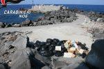 Rifiuti, tratto della spiaggia di Ginostra come discarica: sequestrata area
