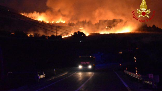 incendi, Sicilia, Politica