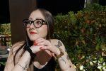 Uccisa dall'ex fidanzato, a Trecastagni i funerali di Vanessa: presente tutto il paese