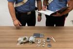 Augusta, venditore ambulante spaccia marijuana in centro: arrestato