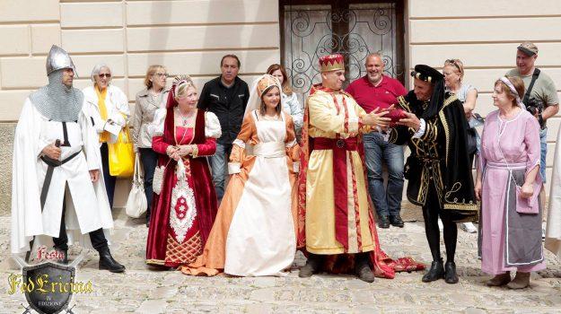 erice, festa medievale, Trapani, Società