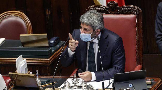 coronavirus, green pass, Giancarlo Giorgetti, Roberto Fico, Sicilia, Politica