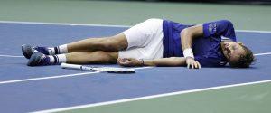 """""""L2 + sinistra"""", Medvedev spiega l'esultanza dopo la vittoria agli Us Open"""