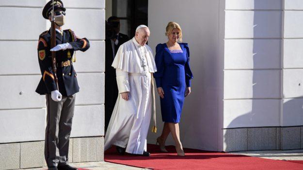 Papa Francesco, Slovacchia, Sicilia, Mondo