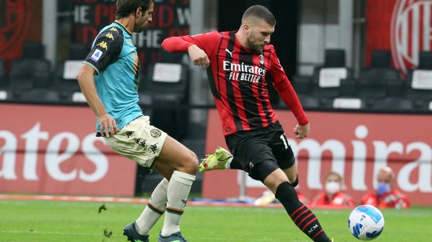 Calcio, Milan, SERIE A, Sicilia, Sport