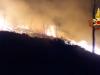 Incendio nella notte a Scopello, fiamme e paura: evacuate 14 villette
